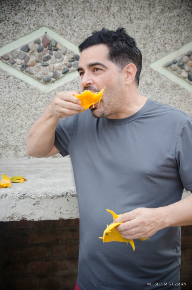 Senor Foodie in Action